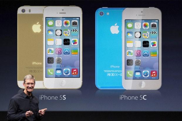 Nový iPhone 5S a 5C konečně v ČR