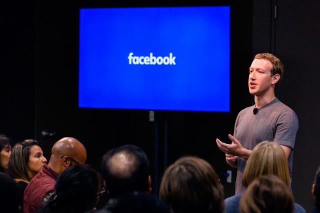 Facebook chystá nové tlačítko