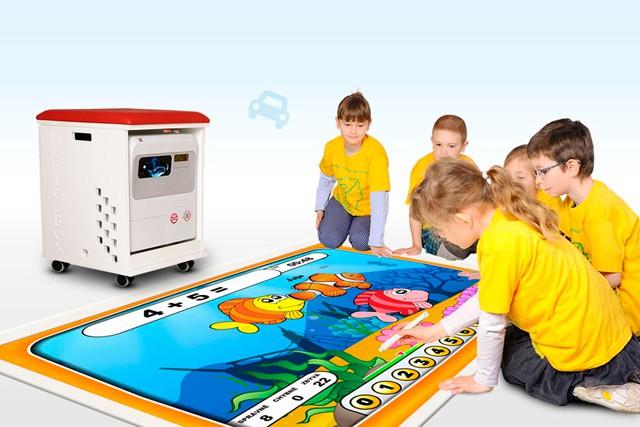 Magic Box, elektronická škola hrou