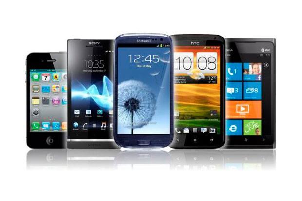 Hitem Vánoc 2013 byly mobily
