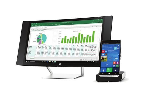 Smartphone, který nahradí PC i notebook