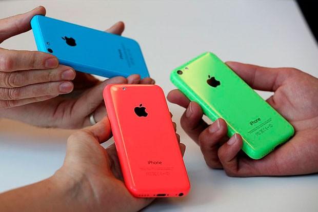 Apple přišel s iPhonem 5c v 8GB variantě
