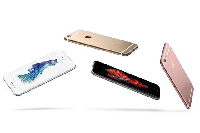 Apple snižuje ceny iPhonů