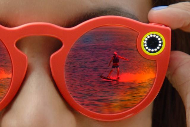Snapchat představuje brýle s kamerou