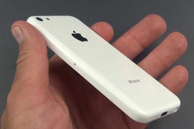 Cena iPhone 5C klesá