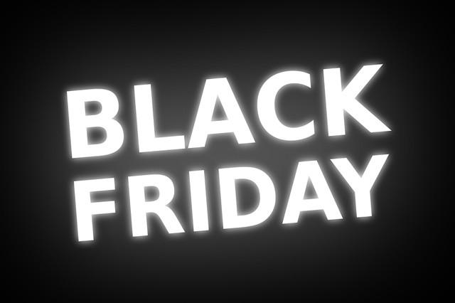 Nakupujte levně o Black Friday
