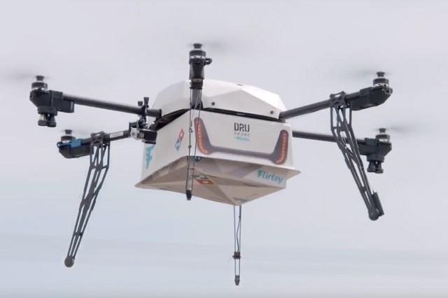 Pizzu vám nyní nově doručí i dron
