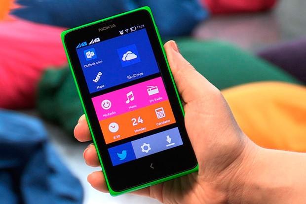 Nokia s Androidem útočí na český trh