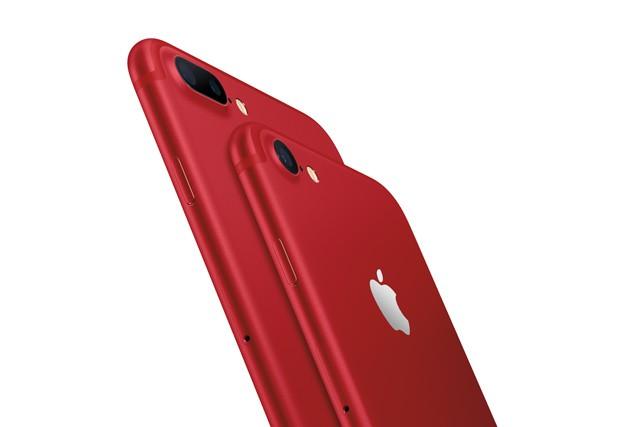 iPhony jsou nyní k dostání i včervené barvě, v ČR však až od dubna