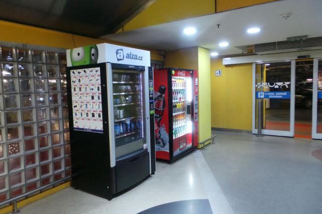 Alza.cz testuje prodejní automaty