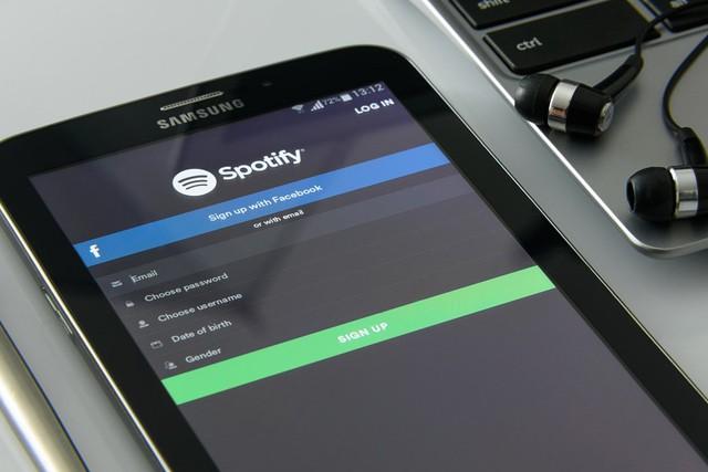 Čeští studenti mohou mít Spotify už za 80 korun