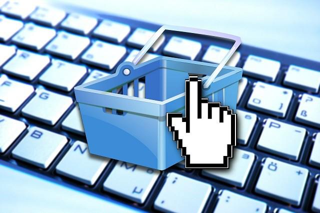 Facebook spustil nové online tržiště