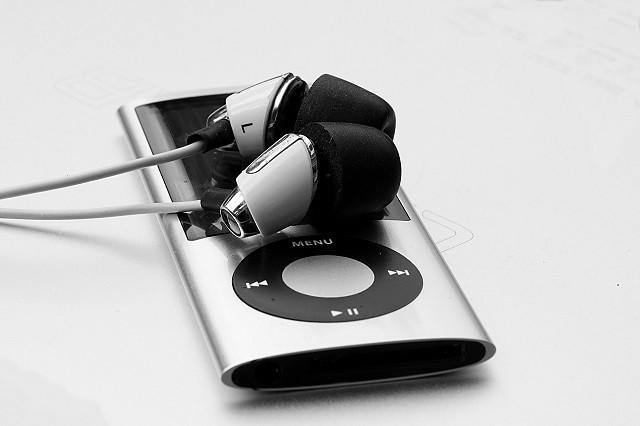 Rozlučte se s MP3 přehrávači. Nahradí je hodinky