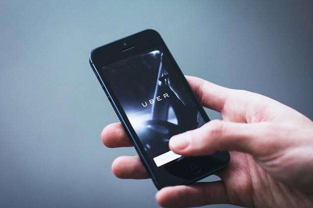 Soudní dvůr uznal Uber jako taxislužbu