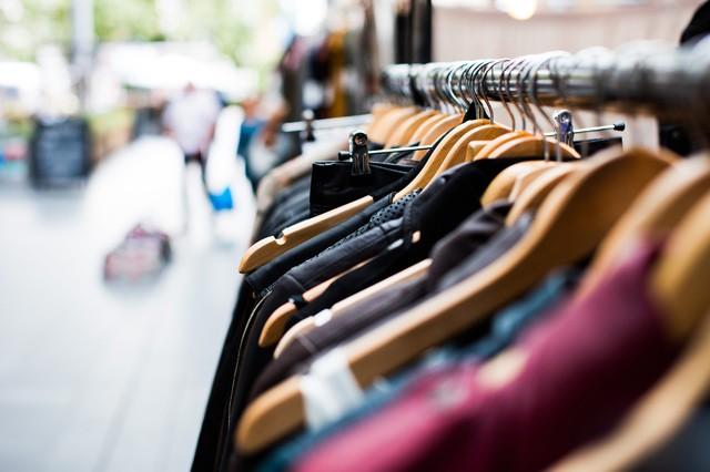 Amazon patentuje virtuální zrcadlo na zkoušení oblečení online