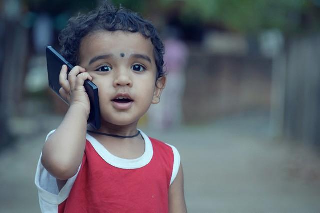 Akcionářům Applu vadí, že jsou děti závislé na iPhonech