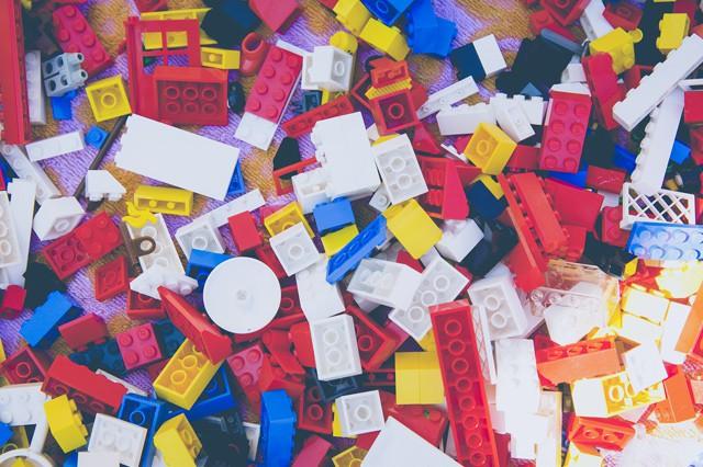 LEGO jako onlinovka i sociální síť? Gigant cílí na malé děti