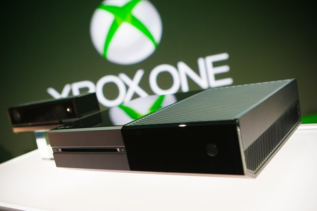 Levnější Xbox One má úspěch