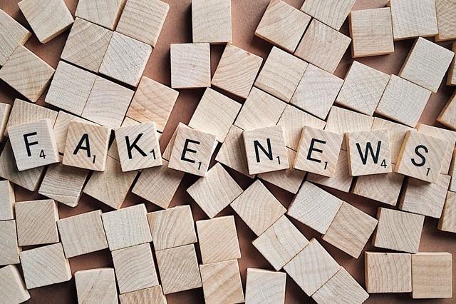Twitter šíří rychleji fake news než pravdu