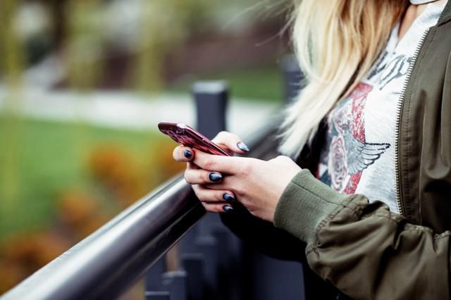 Mobilní a datové služby u nás patří k nejdražším