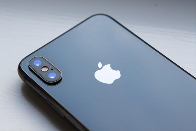 iPhone X je jen začátek, ceny iPhonů dál porostou