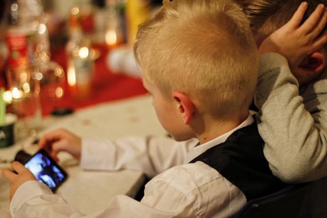 Skenování obličeje pomůže odehnat děti od telefonu