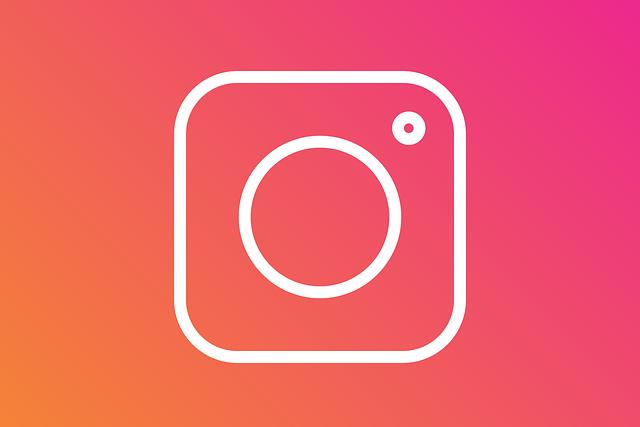 Kvůli chybě ukazoval Instagram Stories nesprávným lidem