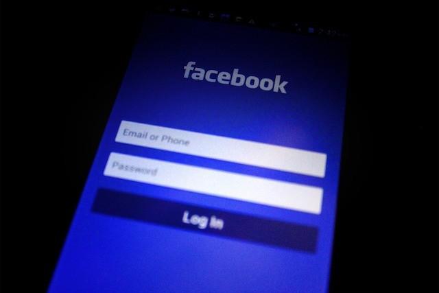 Facebook smazal přes 3 miliardy falešných účtů