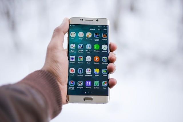 30 nejoblíbenějších aplikací spotřebuje stejně energie jako celé Irsko