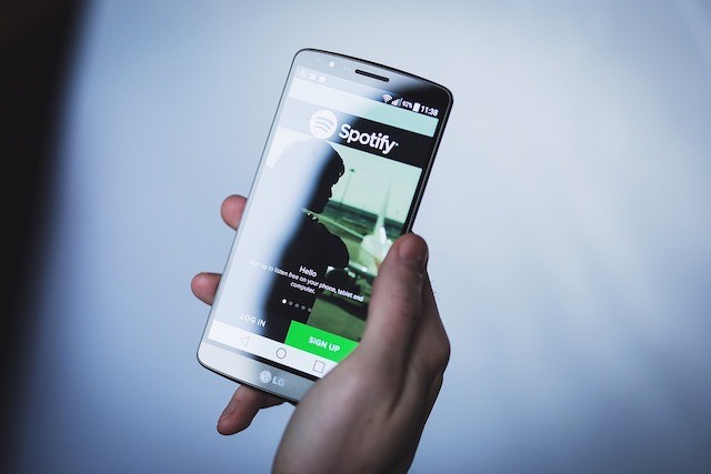 Spotify oficiálně představilo odlehčenou aplikaci Lite
