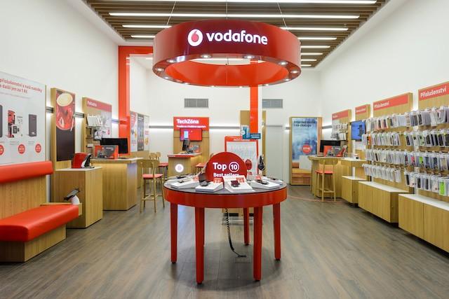 Evropská komise povolila Vodafonu převzít UPC