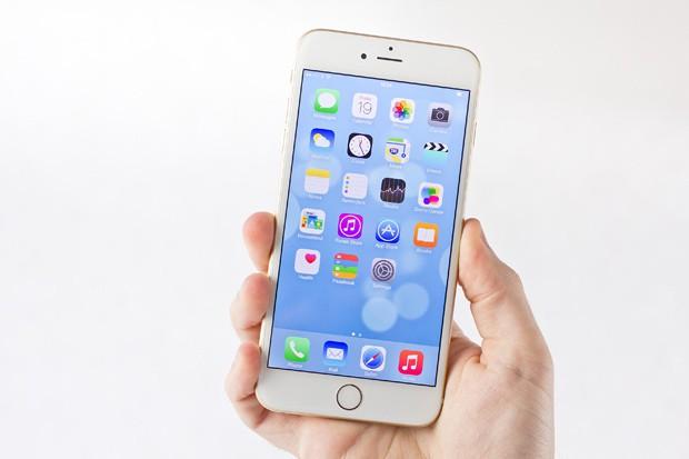 iPhone přináší rekordní úspěchy pro Apple