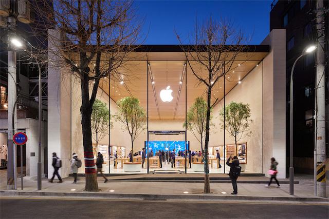 Apple bude testovat výrobu AirPodů ve Vietnamu