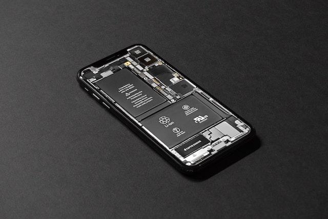 Nový iOS rozpozná neoriginální baterii a zablokuje některé funkce