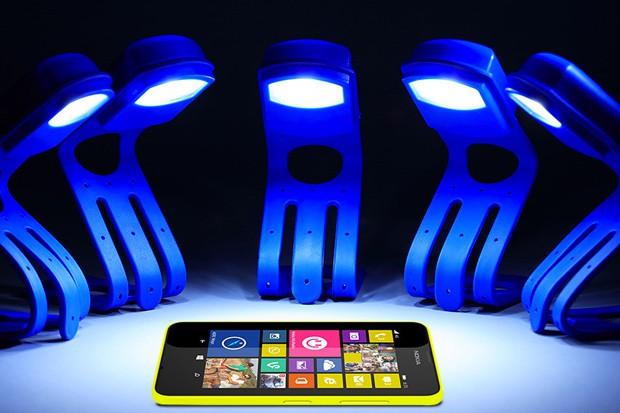 Revoluční zařízení k nabíjení telefonů