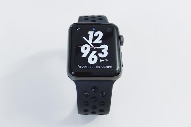 Nové Apple Watch vyjdou ještě letos