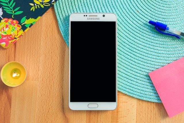 Mobily Samsung budou sloužit jako bezkontaktní terminály