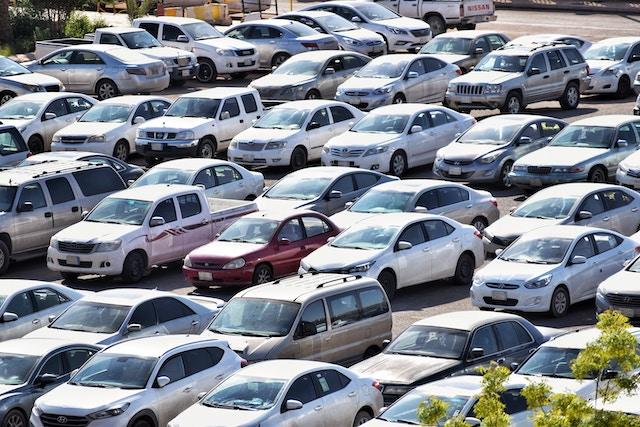 Zaparkuju.cz vyřeší vaše problémy s parkováním v Praze