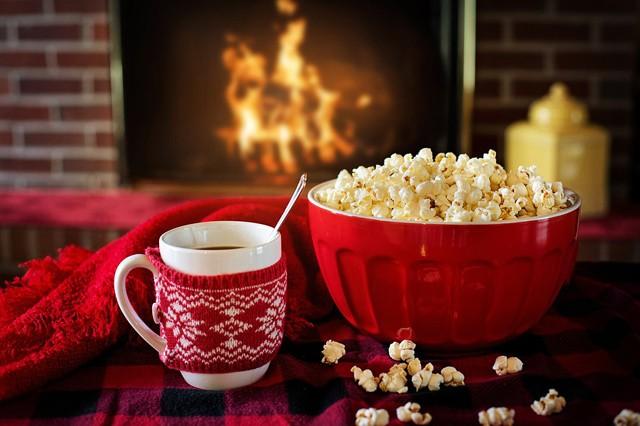 Televizní speciál: Kde a kdy koukat na pohádky a vánoční klasiku?