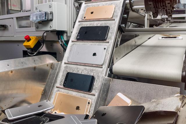100% recyklovatelný iPhone: Apple chce znovu využívat starší komponenty