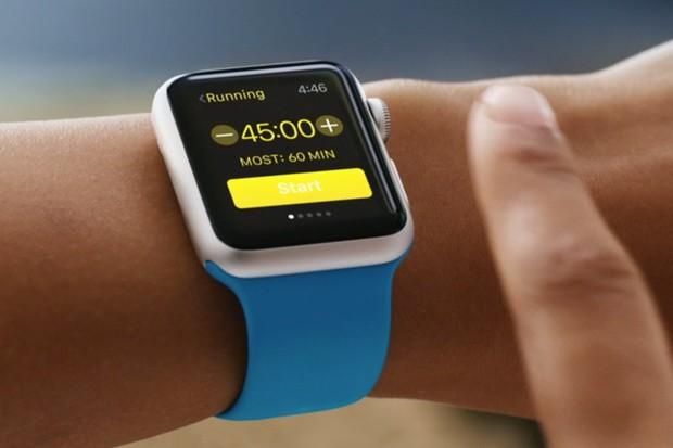 O hodinky od Applu je enormní zájem
