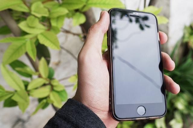 iPhone SE 2 bude stát jen 9 000 Kč bez DPH