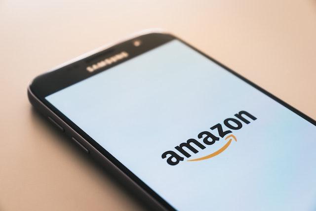Amazon chce zavést placení pouhým otiskem ruky