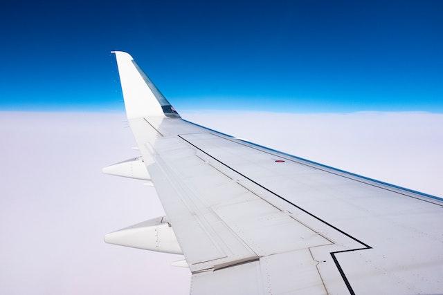 Levnější a rychlejší Wi-Fi v letadlech? Brzy to bude realita