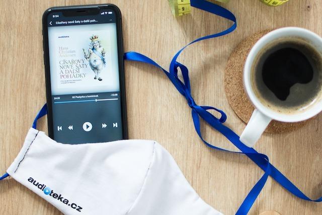 Jak se zabavit při karanténě? Audiotéka rozdává audioknihy zdarma