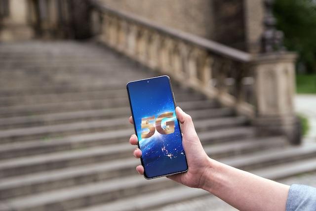 O2 oficiálně spustilo 5G internet v Praze a Kolíně