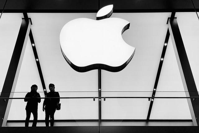 Apple chce do roku 2030 dosáhnout klimatické neutrality