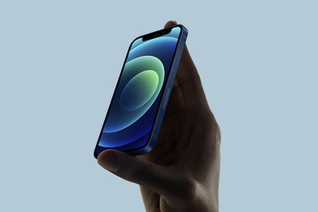 iPhone 12 mini má podle mnohých uživatelů problémy s citlivostí displeje