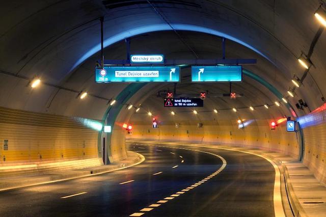 V pražském tunelu Blanka bude brzy možné využívat GPS