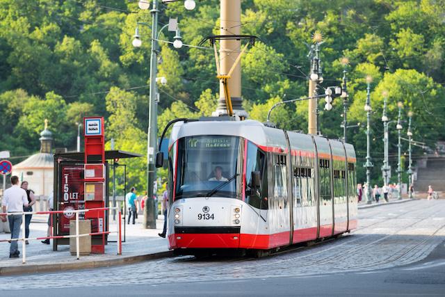 DPP pracuje na aplikaci, která vás upozorní na blížící se tramvaj